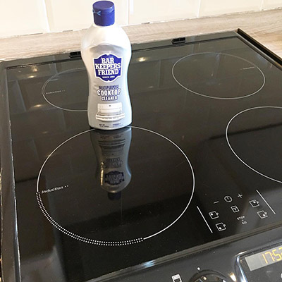 Paula's Projects Stovetop cleaned with Bar Keepers Friend | BKFBeforeAndAfter