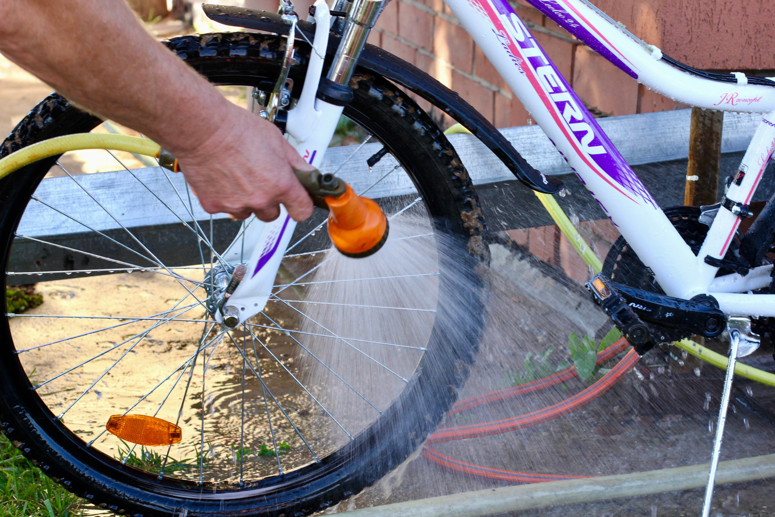 summer cleaning tips - image 3 - clean your bicycle