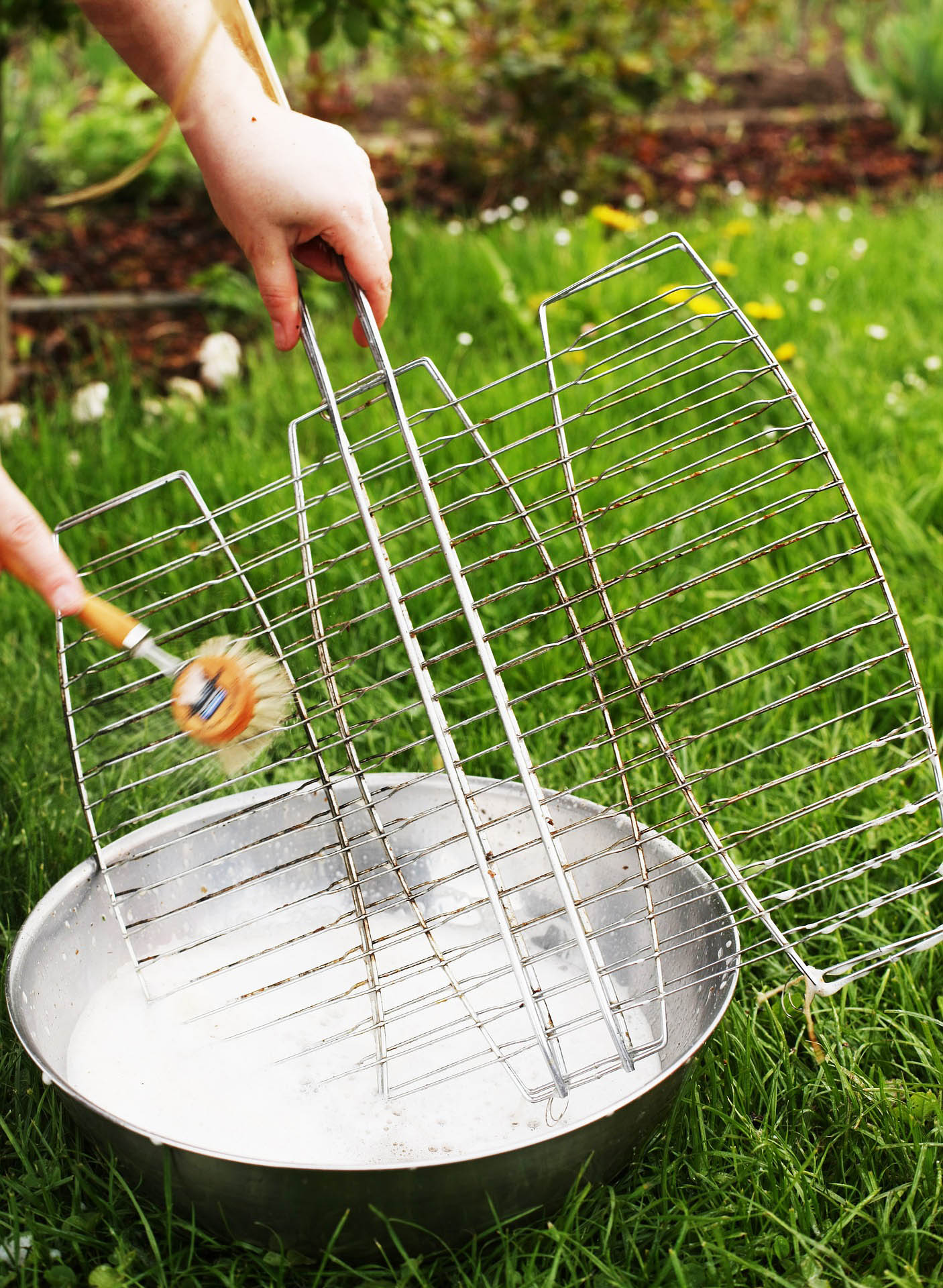 summer cleaning tips - image 4 - prep your grill