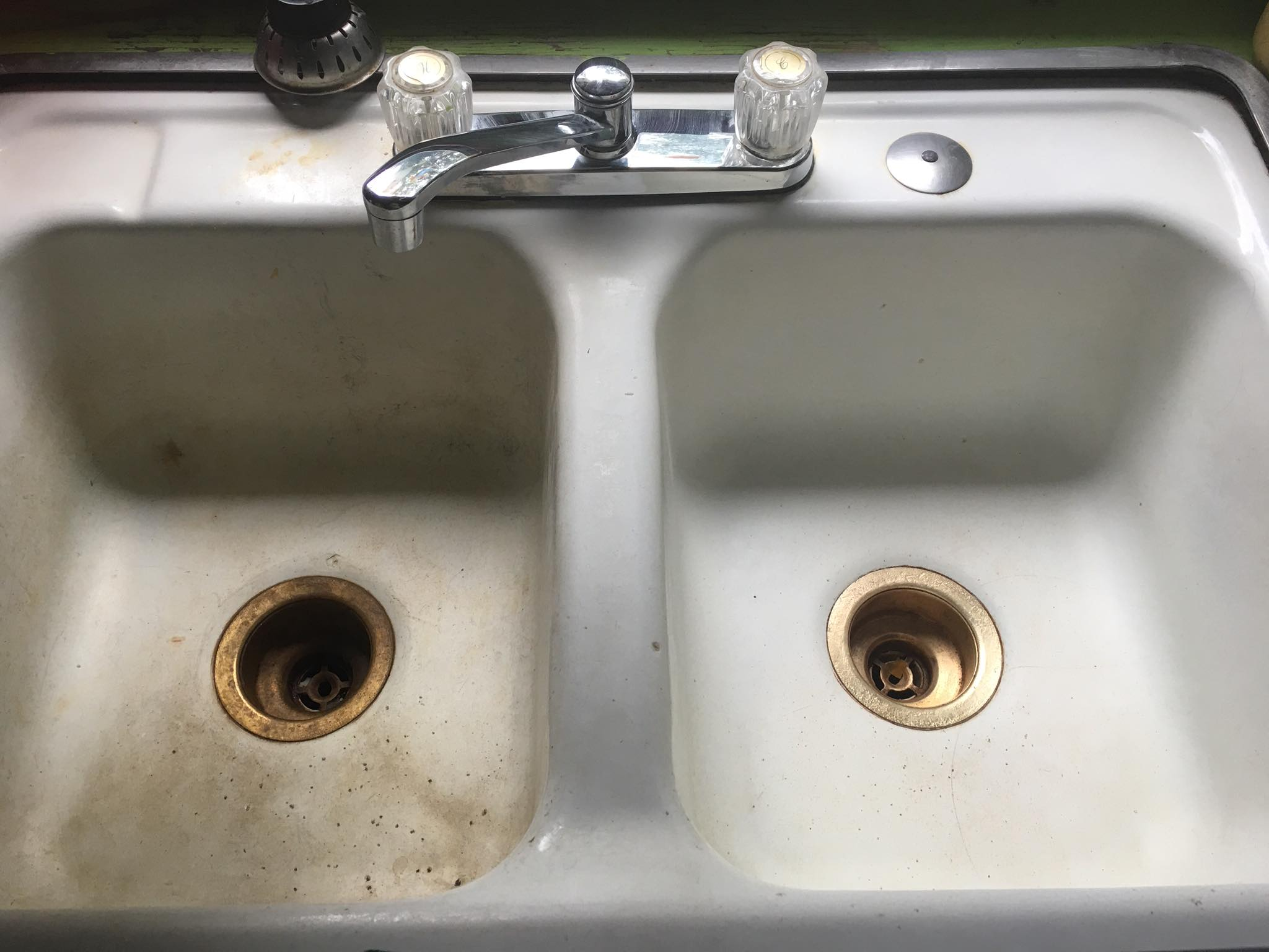 how to clean kitchen sinks - image 3 - anactacia m submission