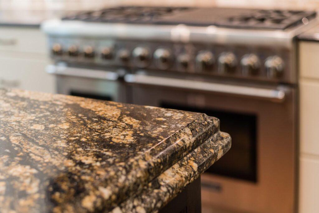how to clean granite countertops - image 1